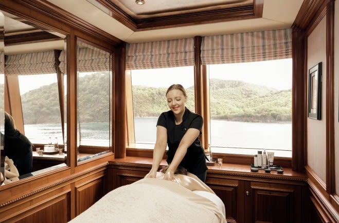 M/Y Titania Yacht #16