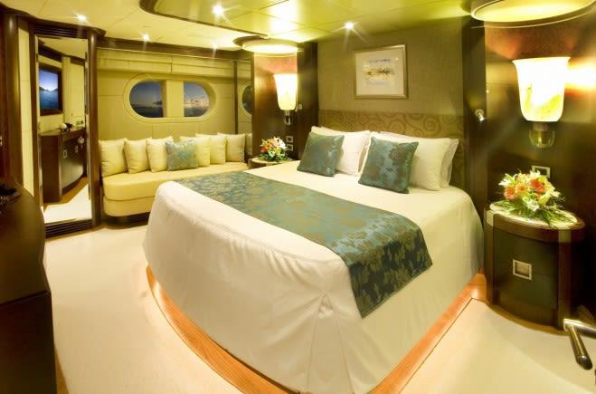 M/Y De Lisle III Yacht #21
