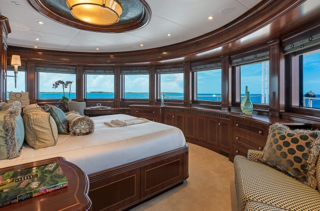 M/Y Sovereign Yacht #21