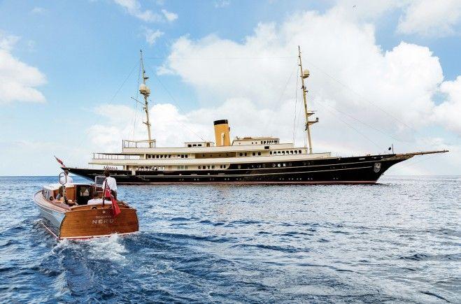 Nero Superyacht Charter
