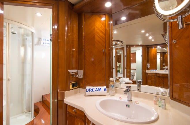 M/Y Dream B Yacht #25