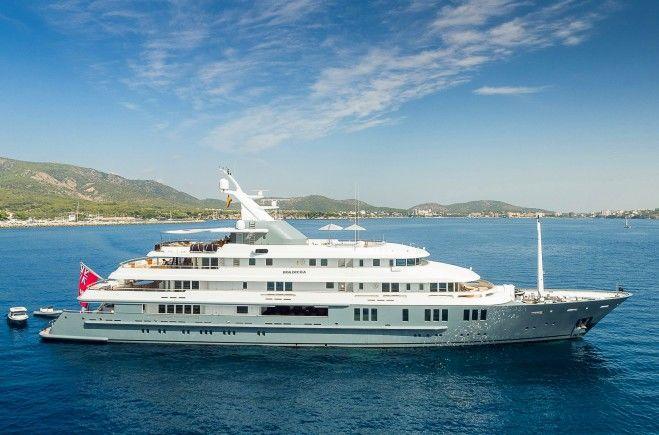 Boadicea Yacht Charter | Amels