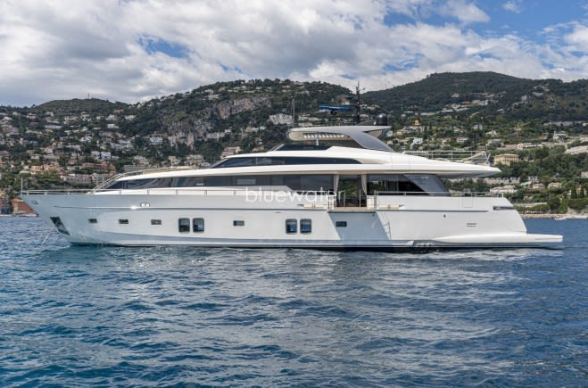 Salt Yacht Charter | Sanlorenzo