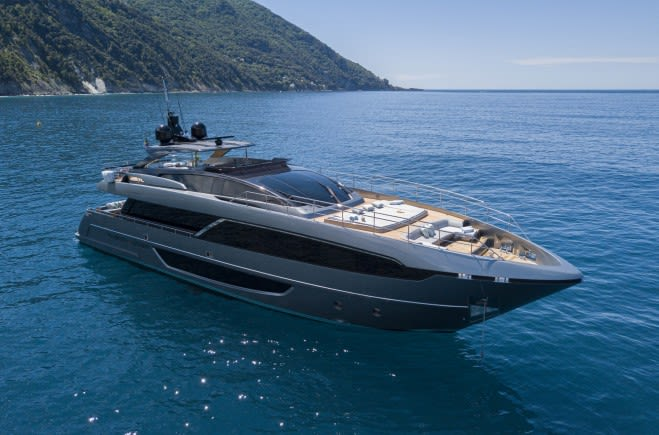 M/Y Unknown | Riva