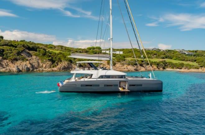 LA GATTA Yacht Charter | Lagoon