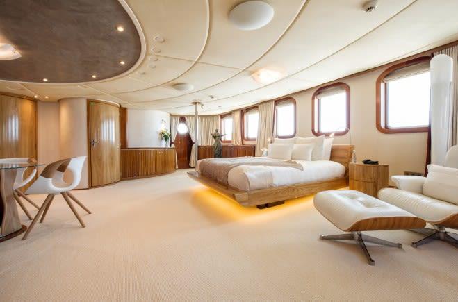 M/Y Sherakhan Yacht #12