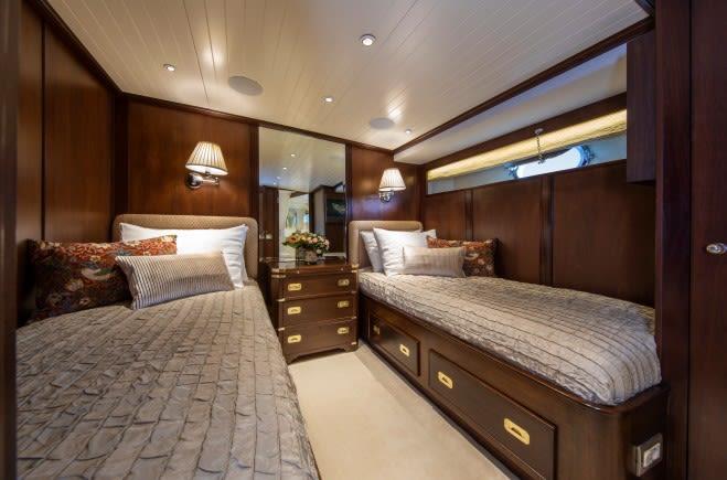 M/Y Odyssey III Yacht #24