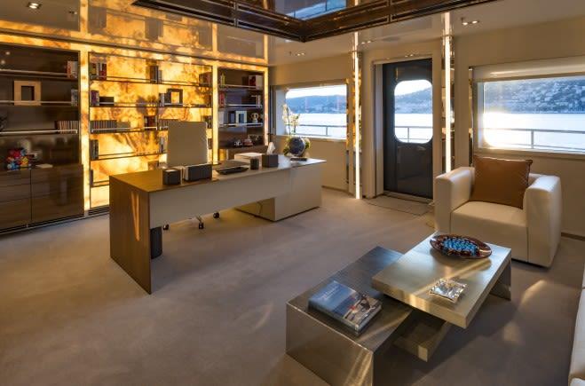 M/Y Serenity Yacht #17