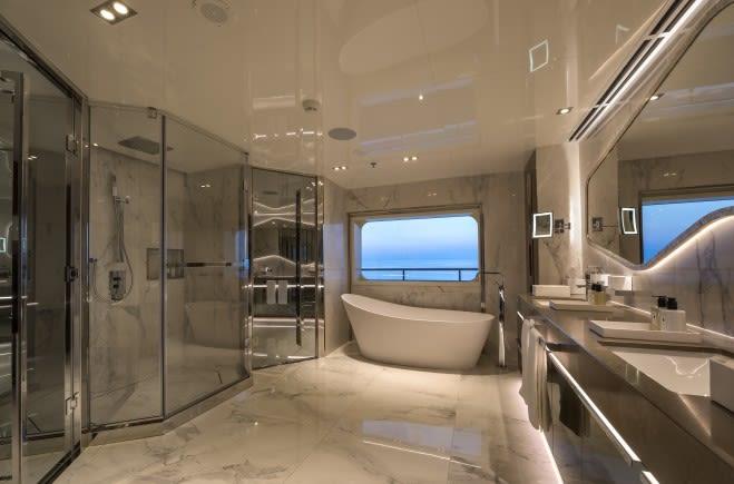M/Y Serenity Yacht #18