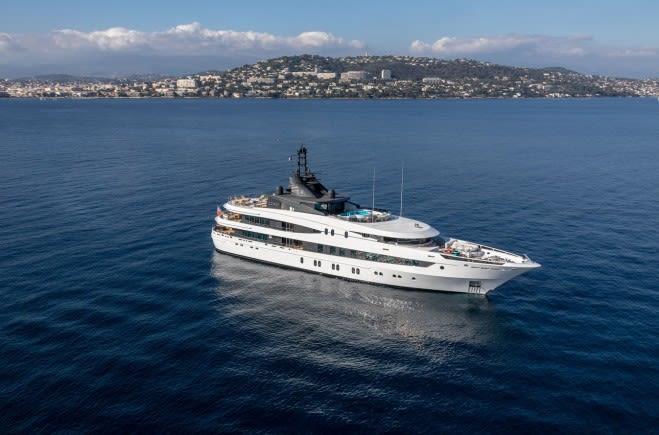M/Y Luna B Yacht #1