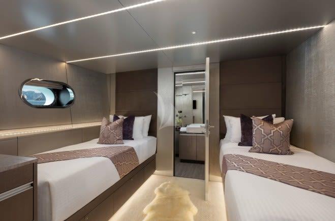 M/Y Ocean Emerald Yacht #10