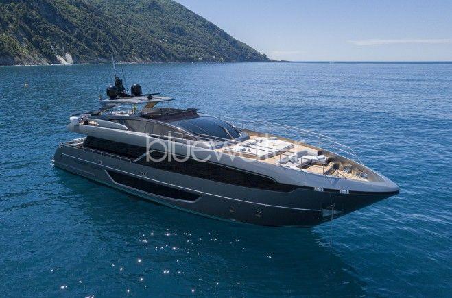 M/Y Unknown Yacht #1