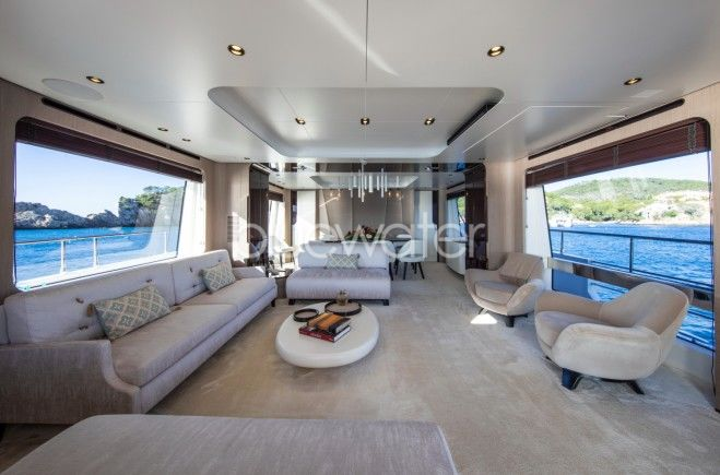 M/Y AKAMÁ Yacht #18