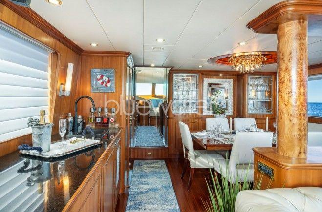 M/Y Lexington Yacht #10