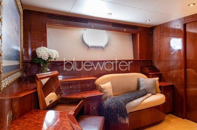 M/Y Outta Touch Yacht #15