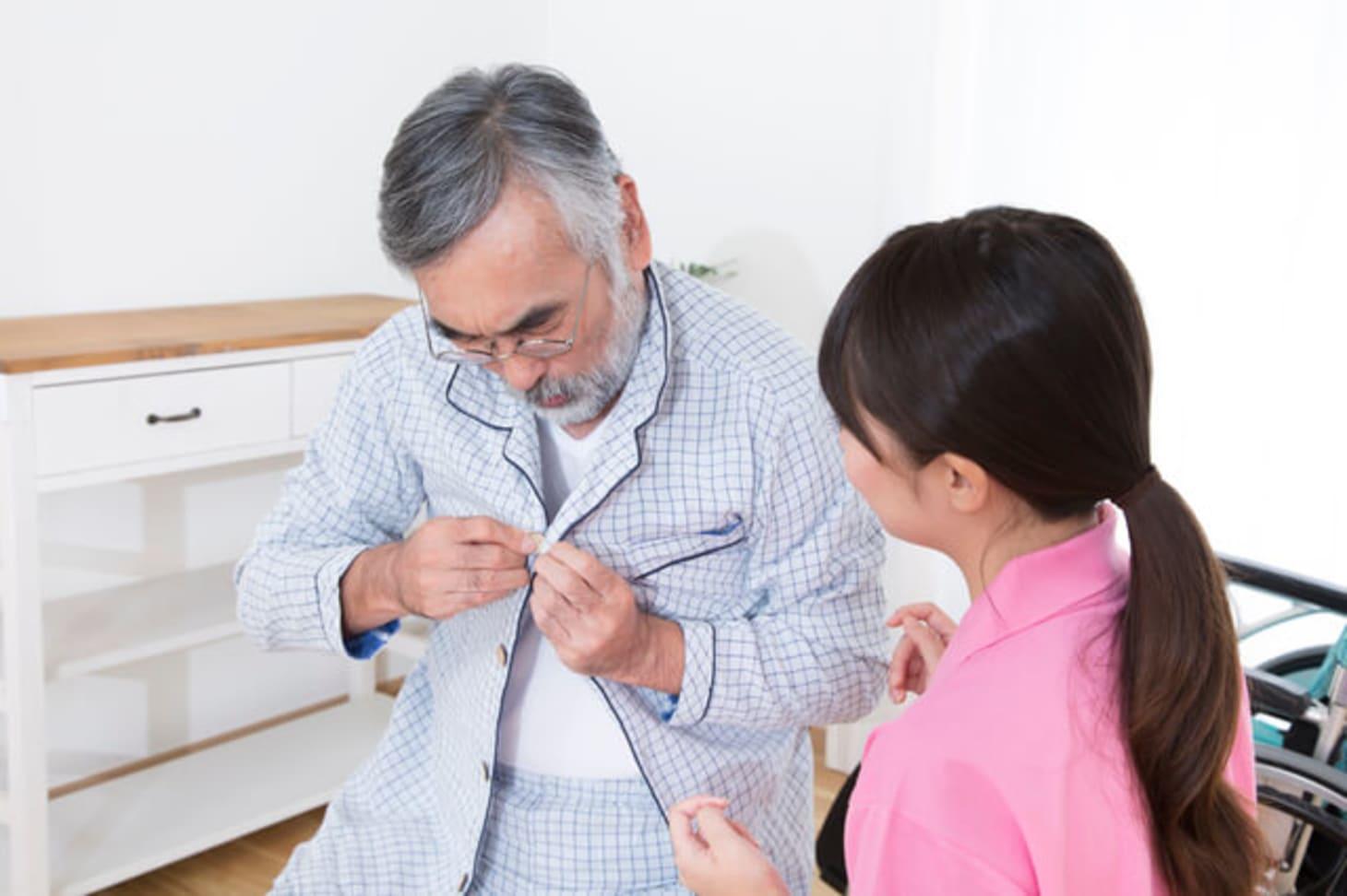 特養(特別養護老人ホーム)の機能訓練指導員になるために必要な資格とは?