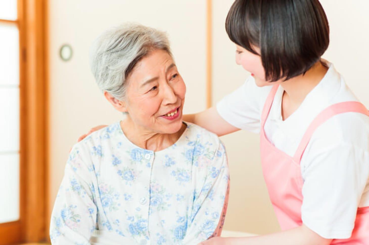 訪問介護員(ホームヘルパー)になるためには介護職員初任者研修が必要?