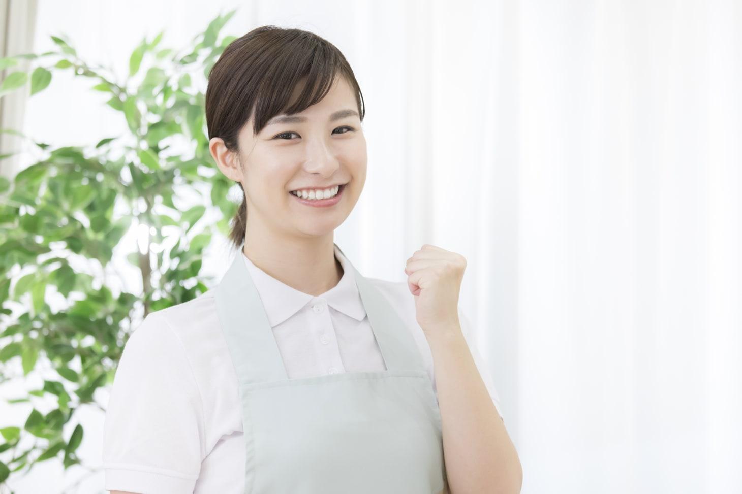 介護職員初任者研修を修了すると就職に有利?具体的な就職先とは?