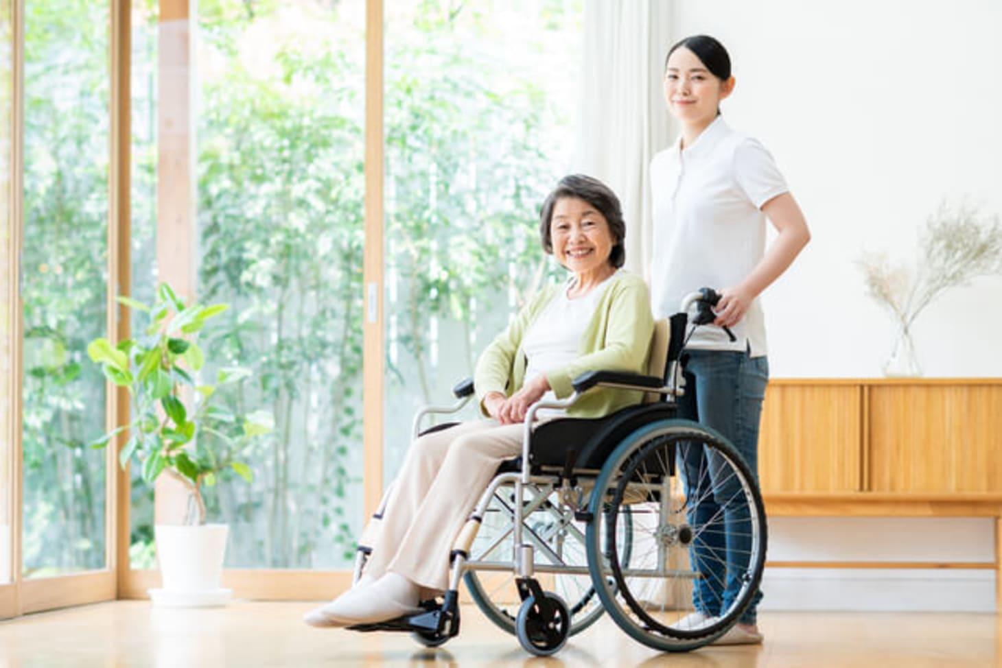 特別養護老人ホーム(特養)の機能訓練指導員とは?