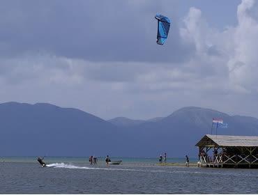 Kroatien Neretva Komin: Kitesurf- und Windsurf Spot