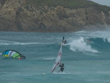 Sardinien Chia: Kitesurf- und Windsurf Spot
