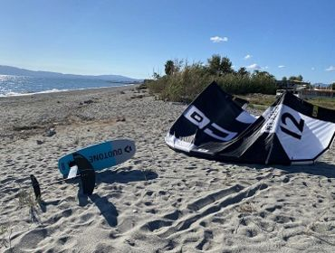 Peloponnes (Kalamata): Kitesurf- und Windsurfspot