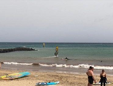 Lanzarote (Playa las Cucharas): Windsurfspot