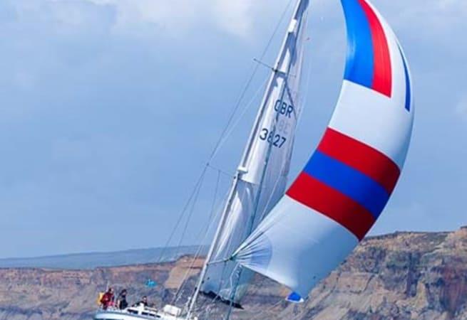 Cascadeur - Jeanneau Voyage 12.50