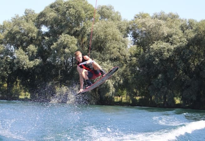 Wakeboarding - Wakeboarding