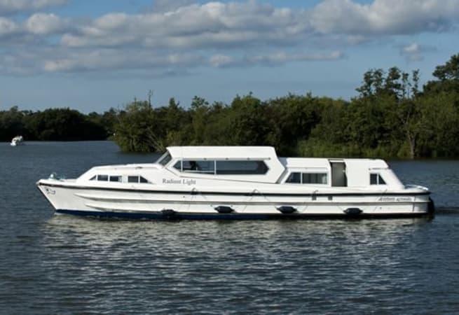 Radiant Light - River Cruiser