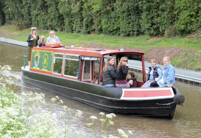 Hey Day  - Narrow Boat