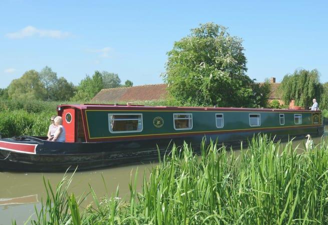 Day Lark - Narrow Boat