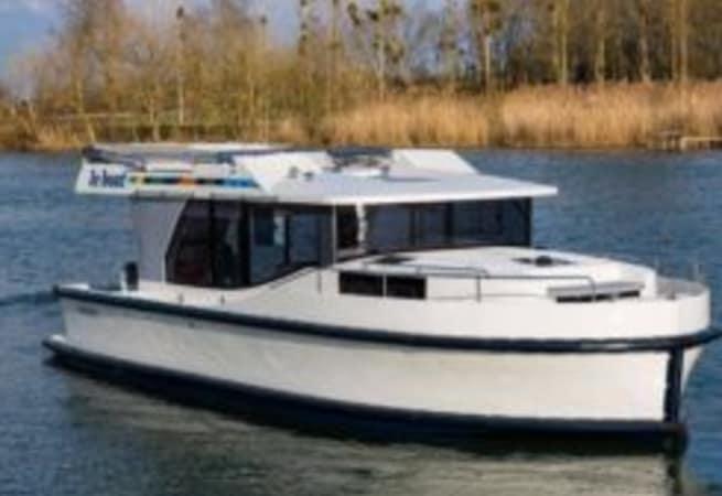 Horizon - Motor Cruiser