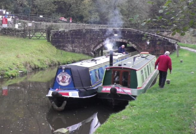 Carey - 4 Person Canal Boat