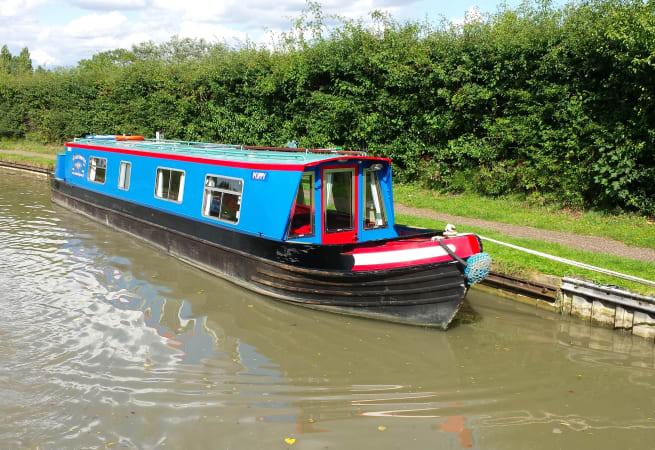 Poppy - 4 Berth Narrow Boat