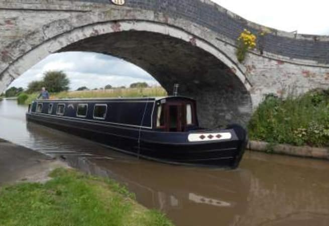 The Adele Marie - 6 Person Canal Boat