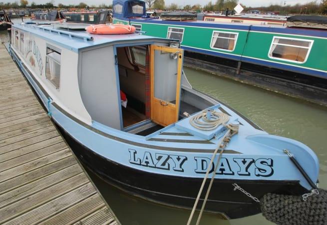 Lazy Day - Narrow Boat