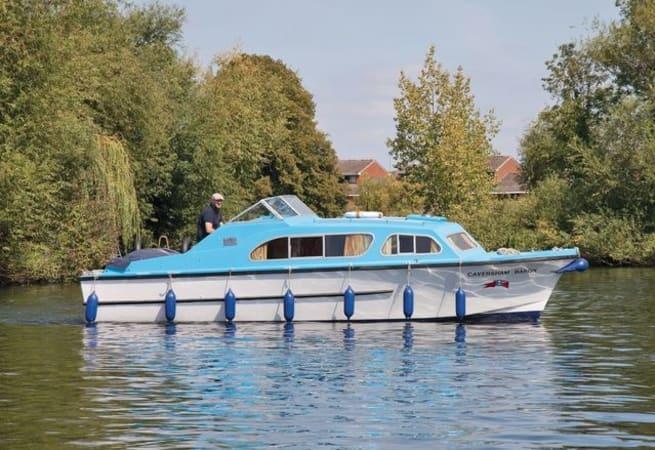 Caversham Knight - Day Cruiser