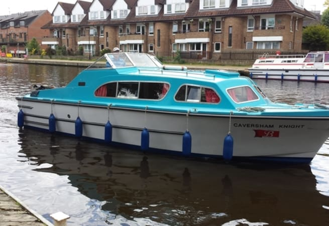 Caversham Knight 2 - River Cruiser