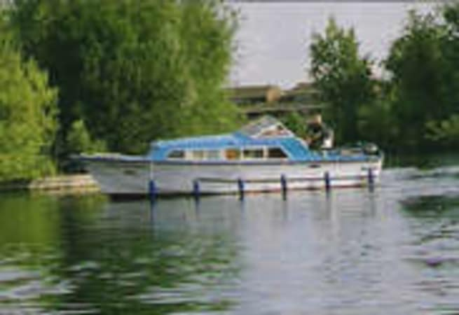 Caversham Monarch  - River Cruiser