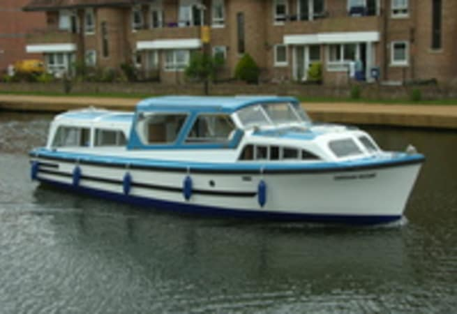 Caversham Viscount - River Cruiser