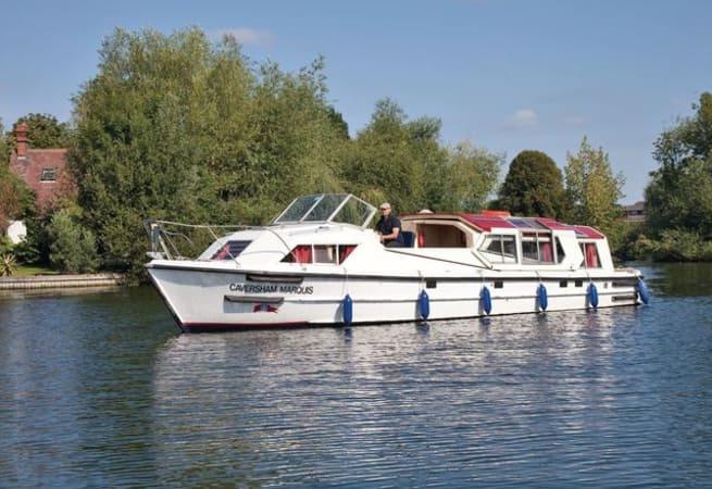 Caversham Marquis - River Cruiser