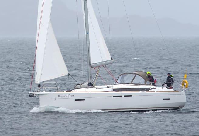 Discoverer of Sleat - Jeanneau Sun Odyssey 419