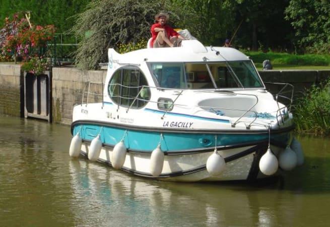 Estivale Duo - Custom Built River Cruiser