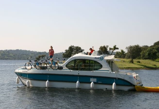Estivale Quattro - Custom Built River Cruiser