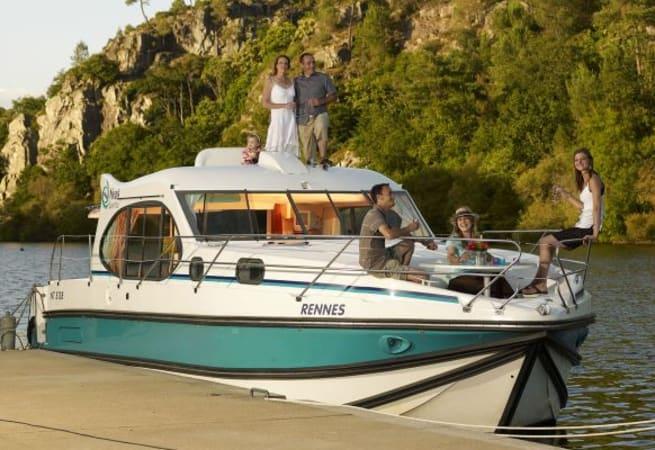 Estivale Quattro S - Custom Built River Cruiser