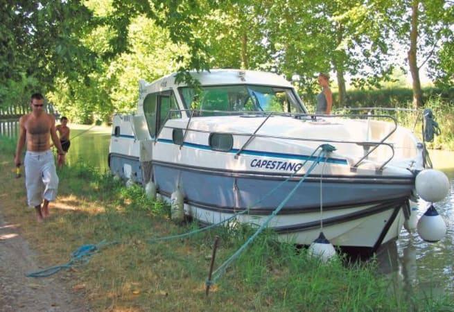 Confort 1100 - Custom Built River Cruiser