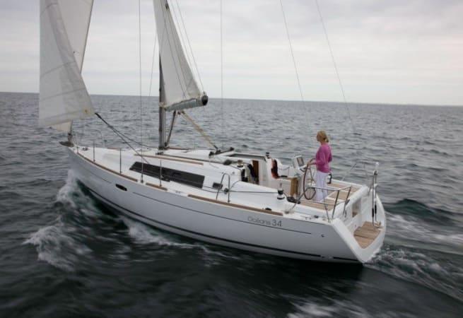 Chica - Beneteau Oceanis 34
