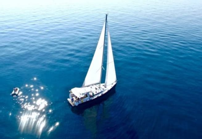 Gold One - Beneteau Oceanis 48