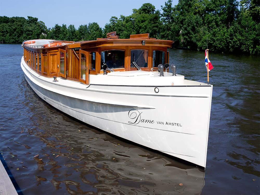 Dame van Amstel